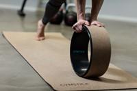 Gymstick Active Yoga Wheel Kurk sfeerafbeelding